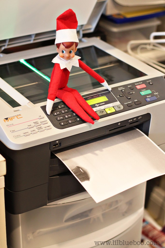 The (mischievous) Elf on the Shelf photocopies his bum